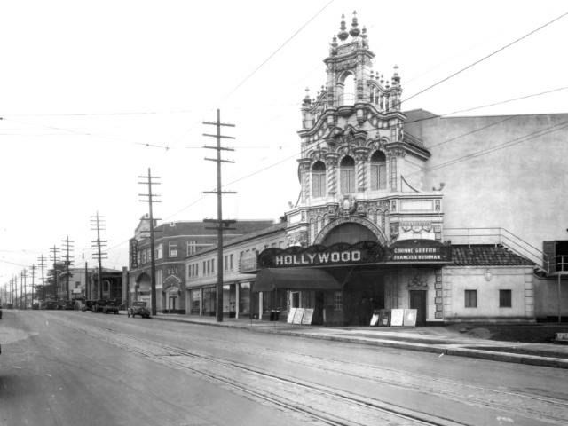 early-hollywood-theatre-photo-1926_BKGijL0.original.jpg